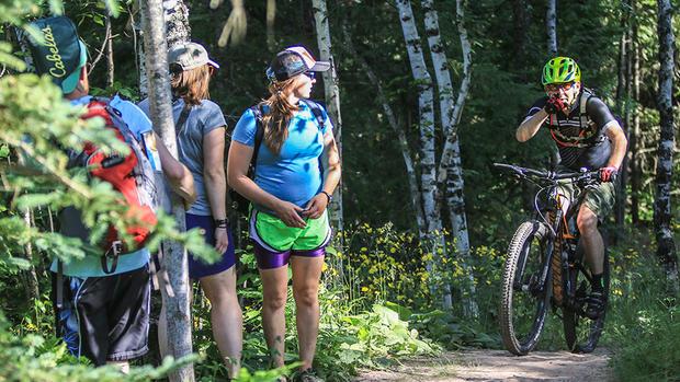 Pesquisa revela que impacto em trilhas por ciclistas e caminhantes ésimilar